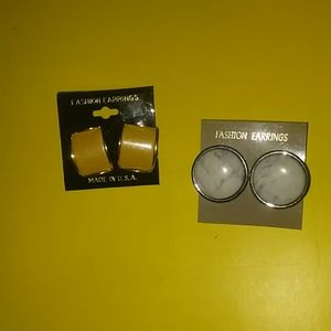 Lot of 2 pairs of vtg Earrings NWT!